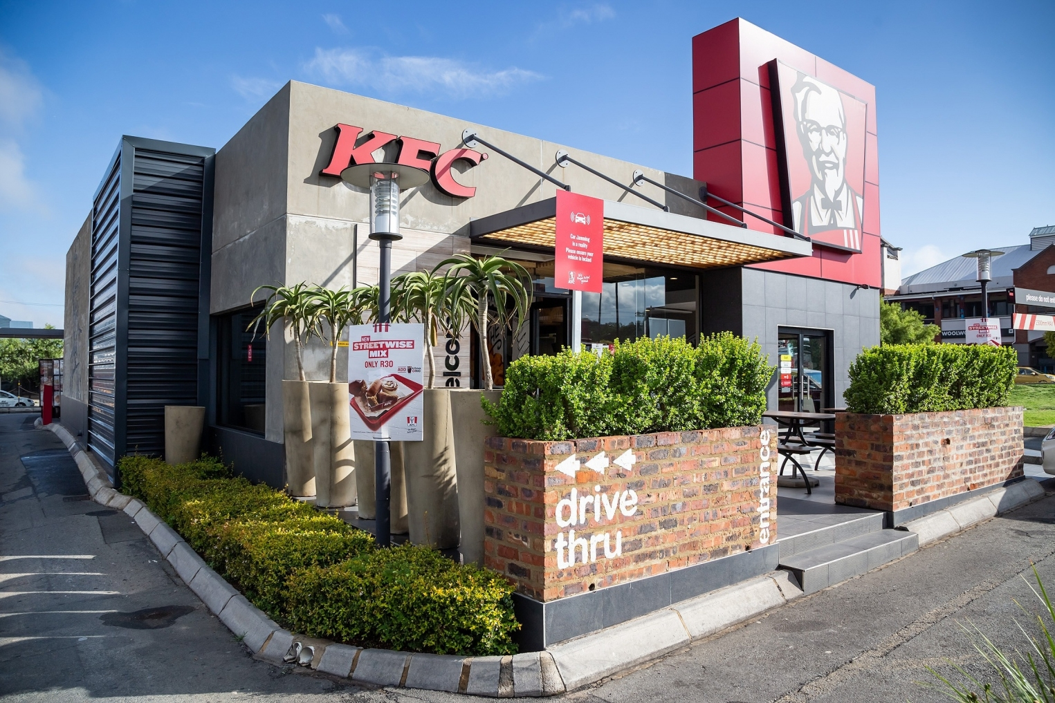 gallery/kfc taste kitchen-001